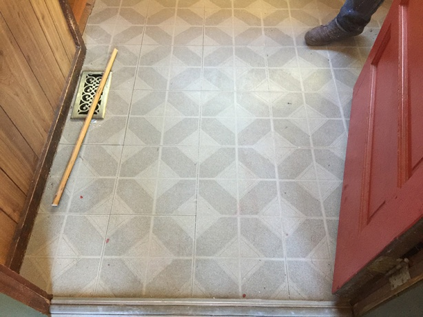 The peel and stick tile is symmetrically ugly.
